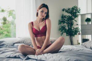 Des femmes nues qui se livrent sans complexe pour partager leur plaisir avec vous